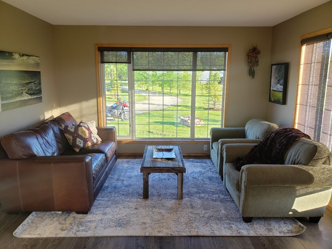 Rocky View County – Living Room Decorating