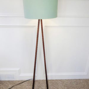 tourquise and wood lamp